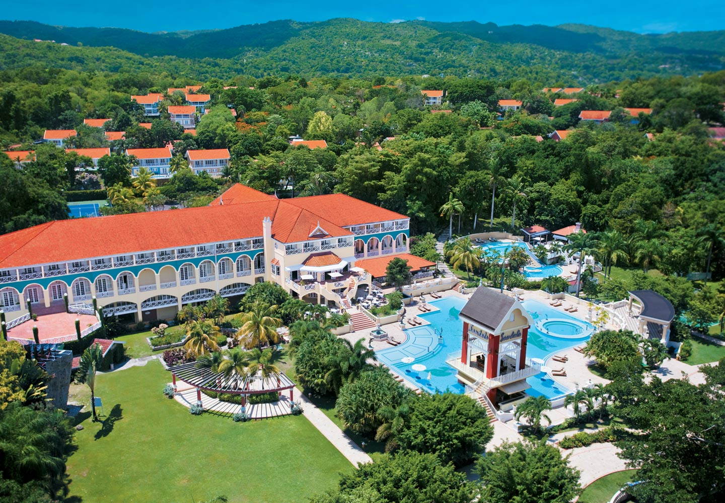 White house jamaica pictures ocho